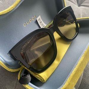 Gucci 53mm black sunglasses